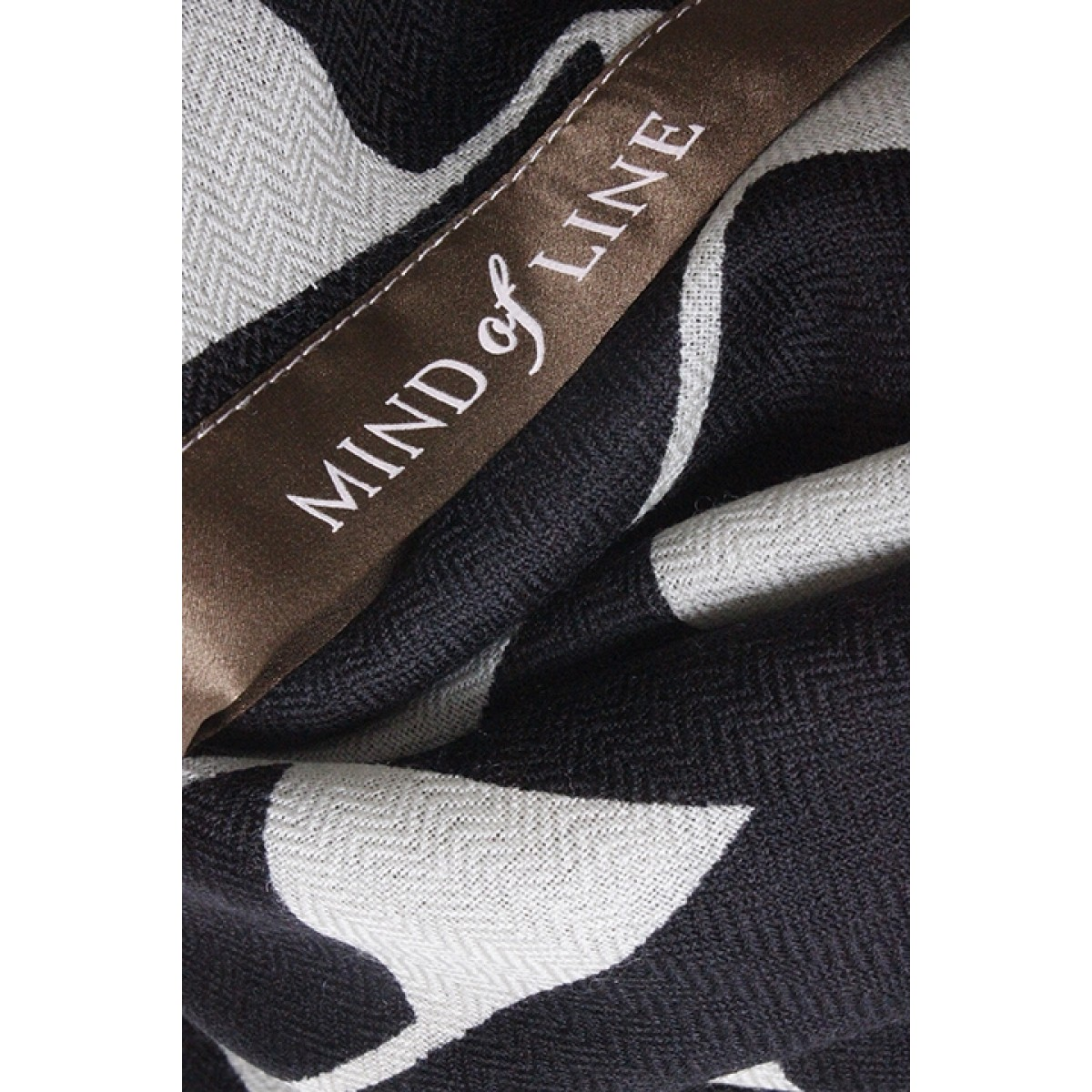 Mind of Line 3900 Black Cupe-31