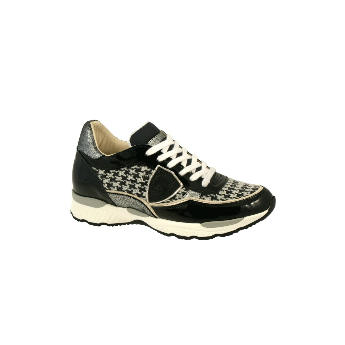 Philippe Model CYLD TW01 White / Black-32