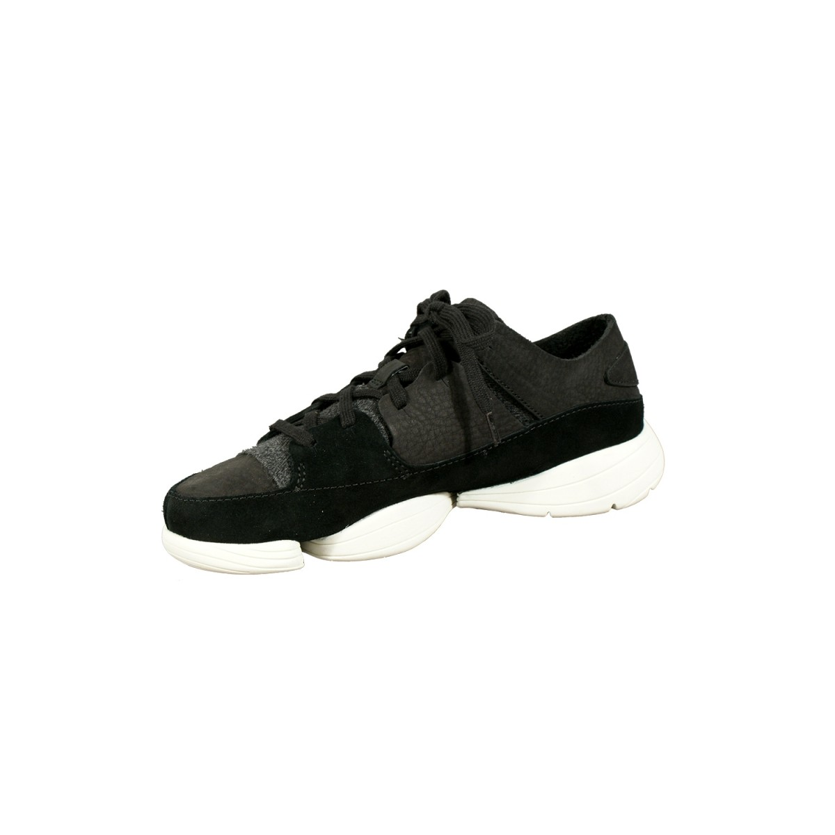 Clarks Trigenic Evo Black-31